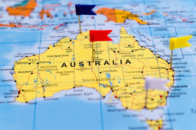 the best tips and insights for travellling australia on a budget
